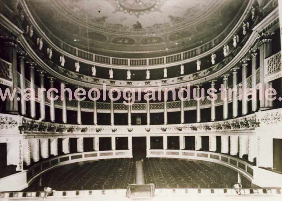 Teatro Verdi2 12-21-06