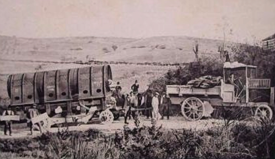 Trasporto della prima condotta forzata, costruita dalle Officine Bosco di Terni